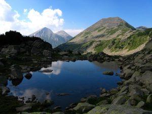 http://alextrek.com/gallery-alextrek-pirin-vasilashki-chukar-climbing